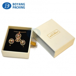 Low price promotion exquisite paper jewelry packaging boxes