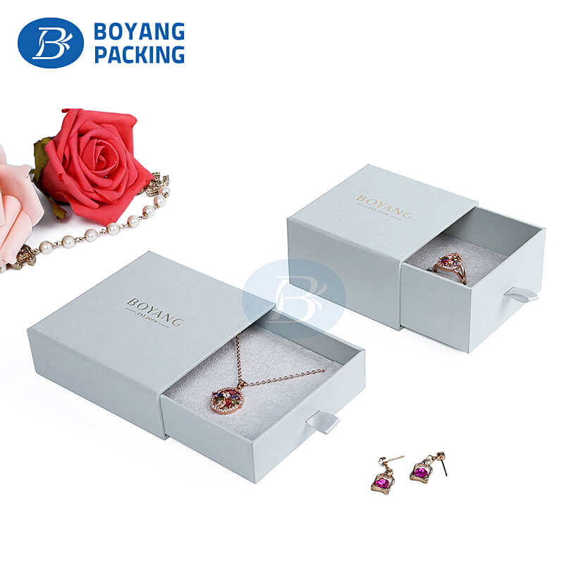 Custom jewelry packaging boxes in China
