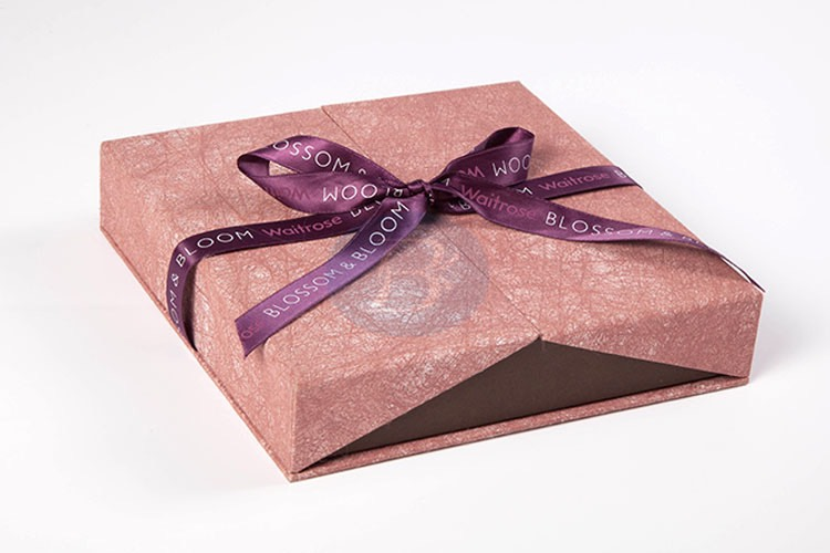 high quality jewelry box with ribbon