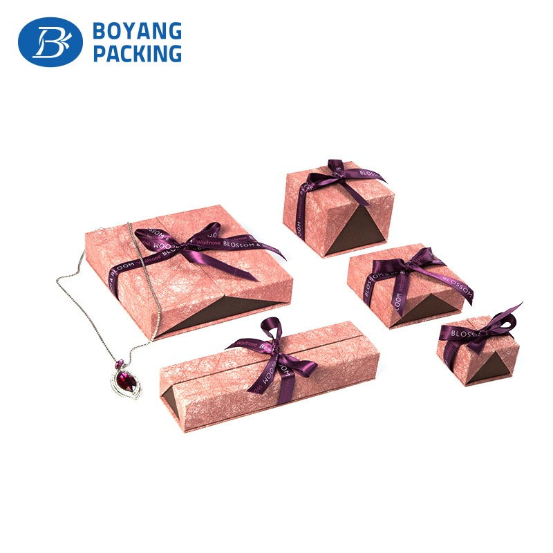 high quality luxury jewelry box with ribbon