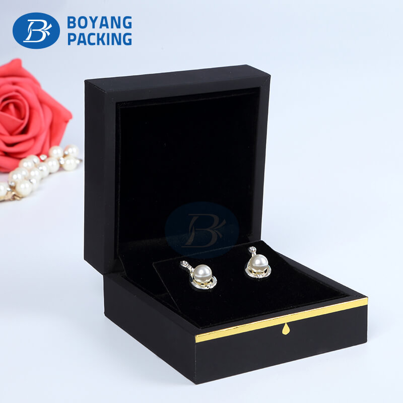 enchanting velvet jewelry boxes wholesale