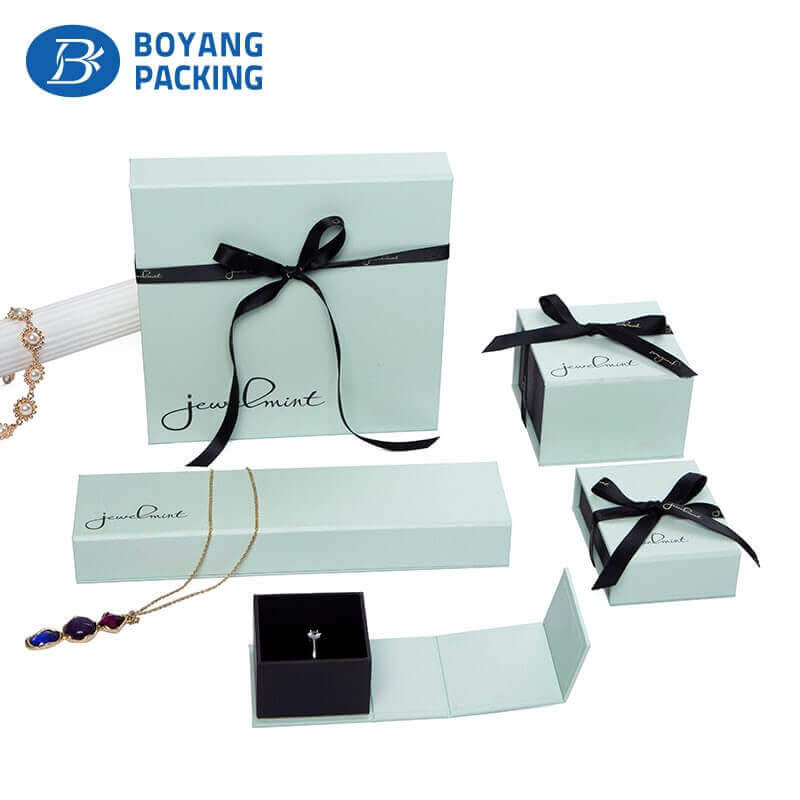 Fashion style paper cardboard jewelry box