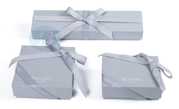 Custom jewelry packaging How to tell the beauty of jewelry is more prominent?