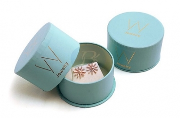 Jewelry box covers with different structures are more attractive to customers