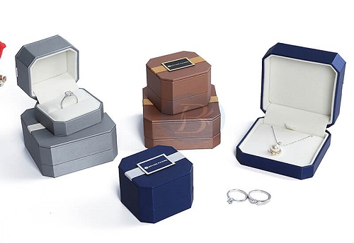The design of custom jewelry packaging cannot be ignored