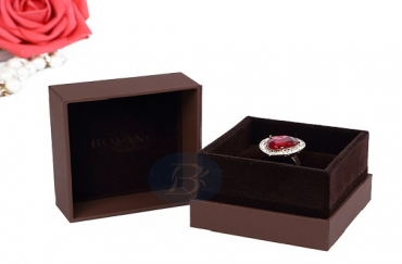 Jewelry packaging design can improve the brand image